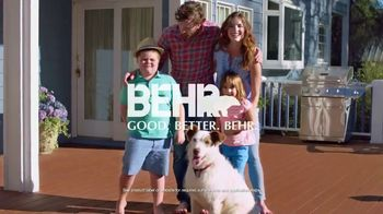 BEHR DeckOver TV Spot, 'Below Average Deck' - Thumbnail 10