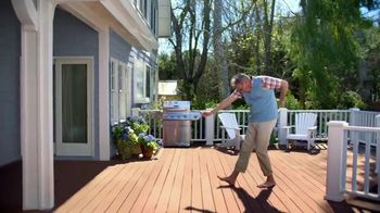 BEHR DeckOver TV Spot, 'Below Average Deck' - Thumbnail 6