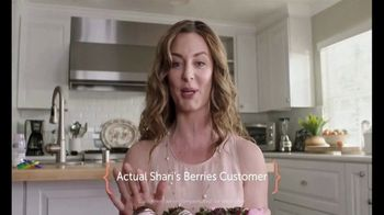 Shari's Berries TV Spot, 'What Mom Really Wants: Double Berries' - Thumbnail 2