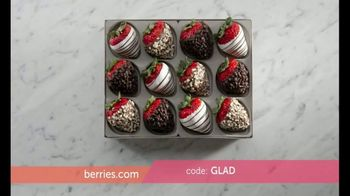 Shari's Berries TV Spot, 'What Mom Really Wants: Double Berries' - Thumbnail 4