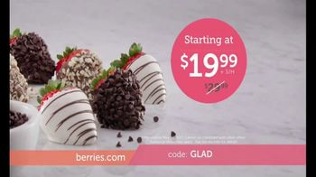Shari's Berries TV Spot, 'What Mom Really Wants: Double Berries' - Thumbnail 5