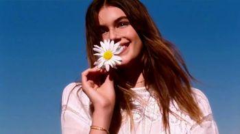 Marc Jacobs Daisy TV Spot, 'Natural Beauty' Featuring Kaia Gerber - Thumbnail 7