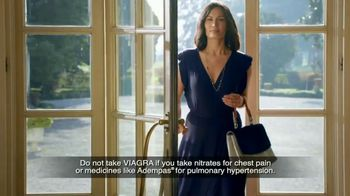 Viagra Single Packs TV Spot, 'When They Need It: Travel' - Thumbnail 3