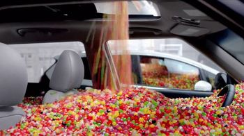 2017 Kia Soul TV Spot, 'Jelly Beans: Interior Room' [T1] - Thumbnail 4