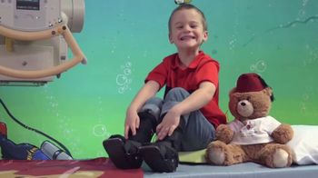 Shriners Hospitals for Children TV Spot, 'First Moments' - Thumbnail 6