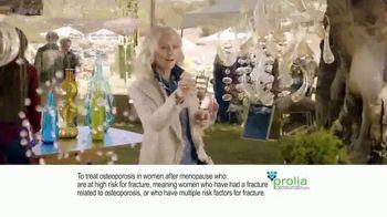 Prolia TV Spot, 'Farmers Market' Featuring Blythe Danner - Thumbnail 2