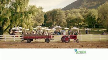 Prolia TV Spot, 'Farmers Market' Featuring Blythe Danner - Thumbnail 7