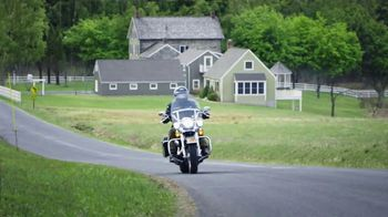 GEICO Motorcycle TV Spot, 'Safety Tips: Helmet' - Thumbnail 2