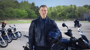 GEICO Motorcycle TV Spot, 'Safety Tips: Helmet' - Thumbnail 7