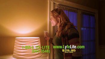 LyfeLite TV Spot, 'Emergency LED Bulb' - Thumbnail 7