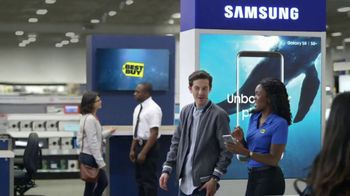 Best Buy Samsung Galaxy S8 TV Spot, 'Adult: Gift Card' Song by Bill Conti - Thumbnail 4