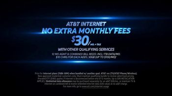 AT&T Internet TV Spot, 'No Extra Fees' Feat. Mark Wahlberg, Anjelica Huston - Thumbnail 9