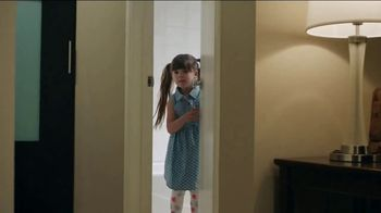 Super 8 TV Spot, 'Potty' - Thumbnail 7
