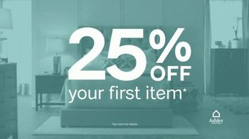 Ashley Furniture Homestore TV Spot, 'New, Now Wow: 25% Off' - Thumbnail 3