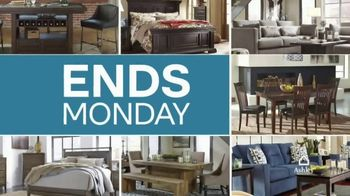 Ashley Furniture Homestore TV Spot, 'New, Now Wow: 25% Off' - Thumbnail 6
