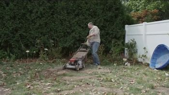 Lowe's Labor Day Savings Event TV Spot, 'Backyard Moment: Mulch' - Thumbnail 2
