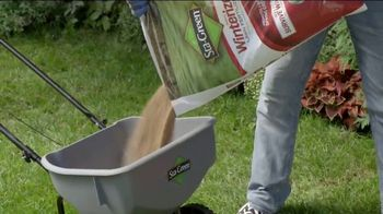 Lowe's Labor Day Savings Event TV Spot, 'Backyard Moment: Mulch' - Thumbnail 7