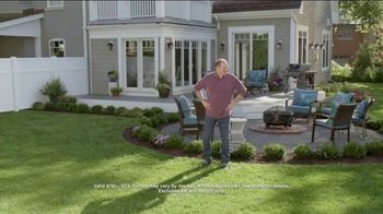 Lowe's Labor Day Savings Event TV Spot, 'Backyard Moment: Mulch' - Thumbnail 8