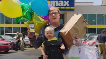 CarMax TV Spot, 'Quality Time With the Kids' Featuring Andy Daly - Thumbnail 9