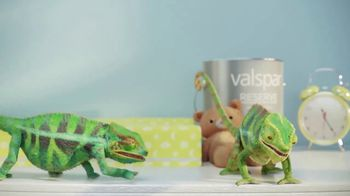 Valspar TV Spot, 'Chameleons: It's Time' - Thumbnail 7