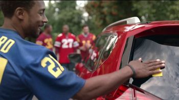 2017 Nissan Rogue TV Spot, 'Go Blue' Featuring Desmond Howard, Eddie George [T2] - Thumbnail 7