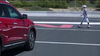 Nissan La Línea del Ahorro TV Spot, 'Heisman: 2017 Rogue' [Spanish] [T2] - Thumbnail 5