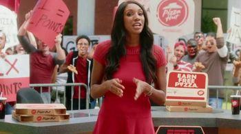 Pizza Hut Rewards TV Spot, 'ESPN: Free Pizza for a Year' Feat. Maria Taylor - Thumbnail 3