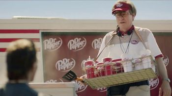 Dr Pepper TV Spot, 'Hail Larry' Featuring Doug Flutie - Thumbnail 5