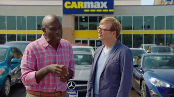 CarMax TV Spot, 'Purple Wizard Van' Featuring Andy Daly - Thumbnail 5