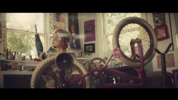 General Electric TV Spot, 'Meet Molly, the Kid Who Never Stops Inventing' - Thumbnail 3
