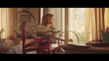 General Electric TV Spot, 'Meet Molly, the Kid Who Never Stops Inventing' - Thumbnail 4