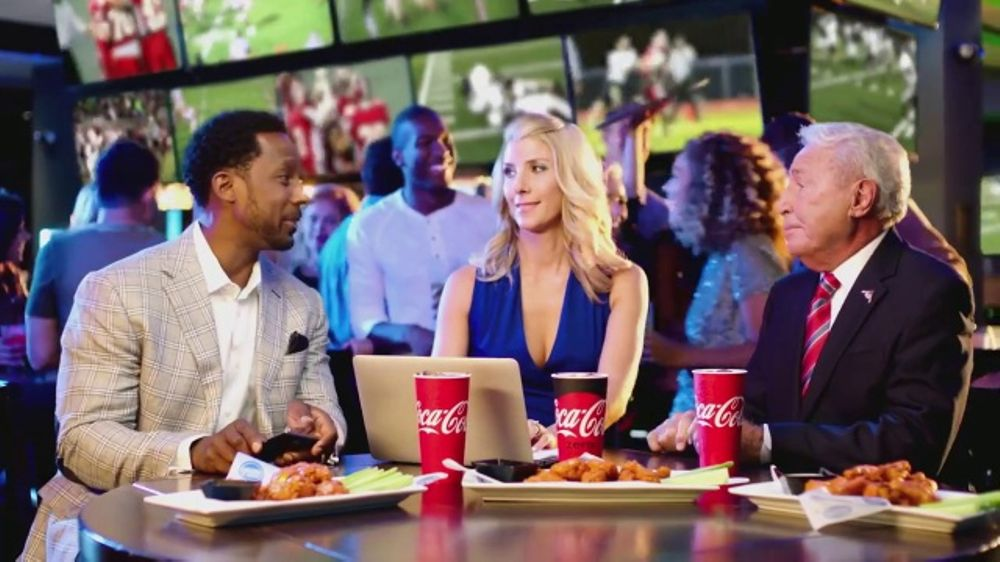Dave and Buster's TV Commercial, 'All-You-Can-Eat Wings' Featuring Lee Corso