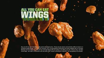 Dave and Buster's TV Spot, 'All-You-Can-Eat Wings' Featuring Lee Corso - Thumbnail 3