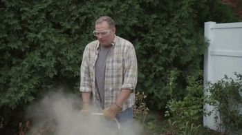 Lowe's Labor Day Savings Event TV Spot, 'The Moment: Backyard: Grill' - Thumbnail 3