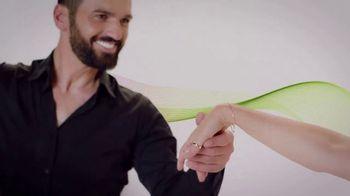 Myrbetriq TV Spot, 'Keep On Dancing Sweepstakes' Featuring Lea Thompson - Thumbnail 4