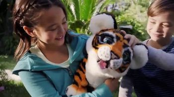 FurReal Friends Roarin' Tyler TV Spot, 'Responds to You' - Thumbnail 7