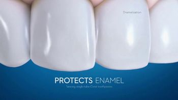 Crest 3D White Whitening Therapy TV Spot, 'Whitens and Protects' - Thumbnail 8