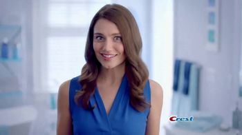 Crest 3D White Whitening Therapy TV Spot, 'Whitens and Protects' - Thumbnail 9