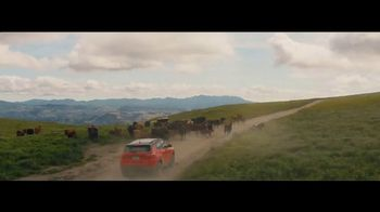Jeep Labor Day Sales Event TV Spot, 'Traffic Jams' [T2] - Thumbnail 6