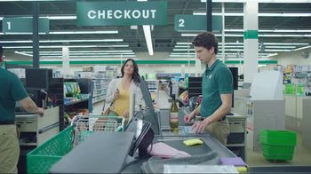 Cricket Wireless Unlimited 2 Plan TV Spot, 'Don't Sacrifice' - Thumbnail 6