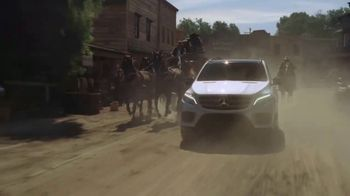 2018 Mercedes-Benz GLE TV Spot, 'Lights, Camera, Action!' [T1] - 159 commercial airings