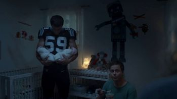 Campbell's Chunky Maxx Soup TV Spot, '3 a.m. Feeding With Luke Kuechly' - Thumbnail 1