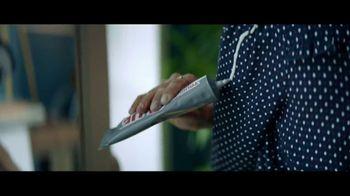 XFINITY FreePass Latino TV Spot, 'Glue' - Thumbnail 1
