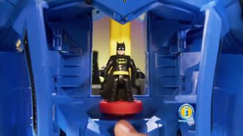 Imaginext DC Super Friends Batbot Xtreme TV Spot, 'Ice' - Thumbnail 4