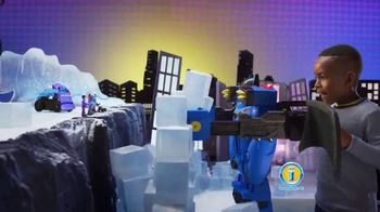 Imaginext DC Super Friends Batbot Xtreme TV Spot, 'Ice' - Thumbnail 6