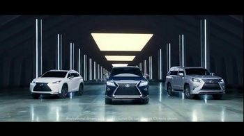 Lexus Golden Opportunity Sales Event TV Spot, 'Technology: 2017 GX 460' [T2] - Thumbnail 5