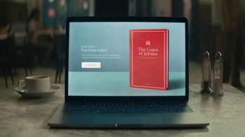 Squarespace TV Spot, 'Make It Stand Out: Storytellers' - Thumbnail 9