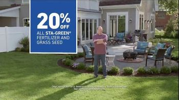 Lowe's TV Spot, 'Backyard Moment: Fertilizer' - Thumbnail 9