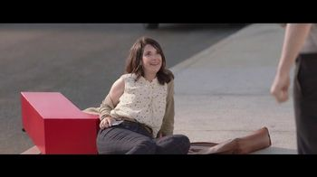 Sprint Unlimited TV Spot, 'Draggin' Maggie: Galaxy Note8' - Thumbnail 8