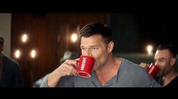 Nescafe Clásico TV Spot, '¡Descubre cómo Ricky vive con sabor!' [Spanish] - Thumbnail 3